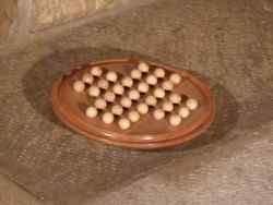 Solitaire circulaire avec billes en bois - vue 3