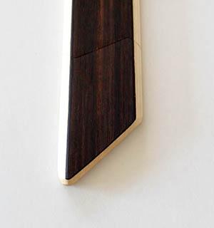 Cravate en bois plaquée d ébne de Macassar - vue 2