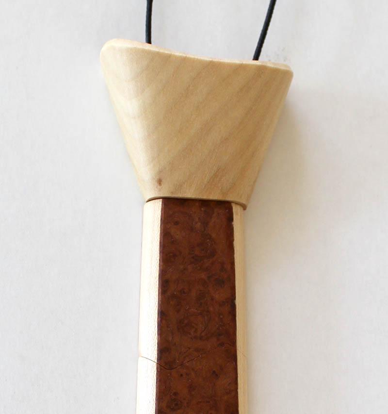 Cravate en bois plaquée de loupe de Tuya - vue 1