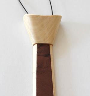 Cravate plaquée de Noyer ramageux - vue 1