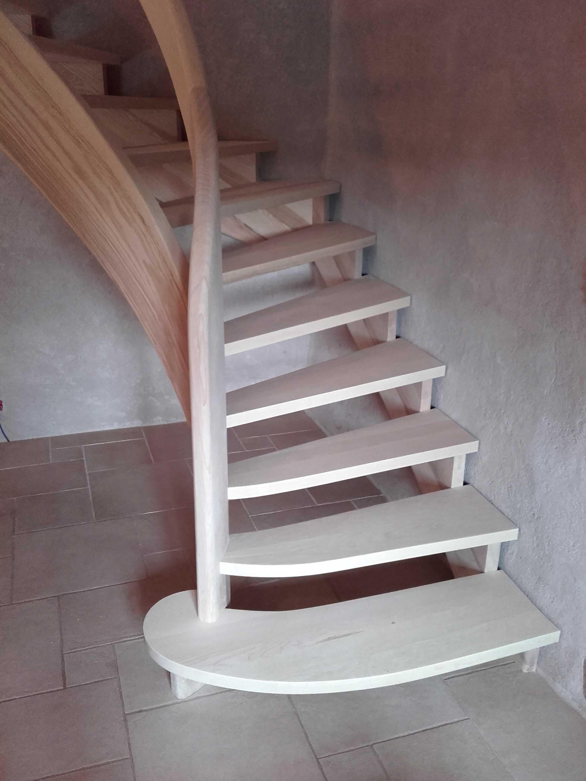 Escalier en lamellé collé - vue 2