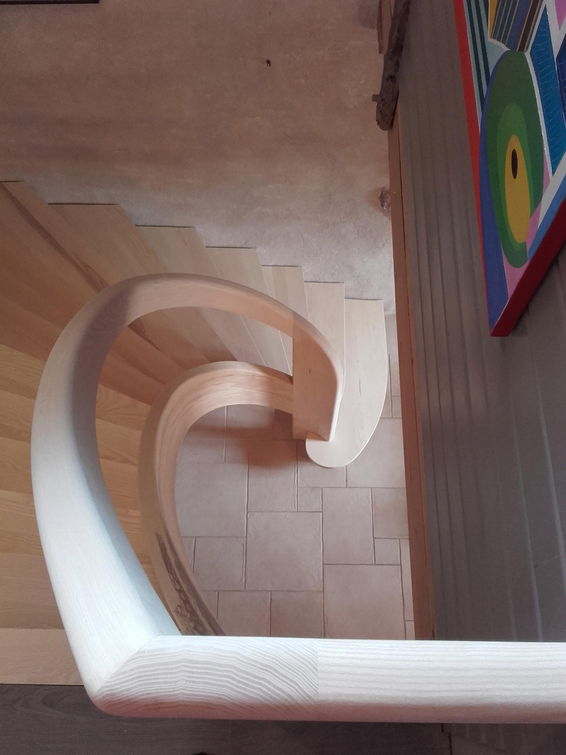 Escalier en lamellé collé - vue 1