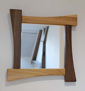 Miroir en Merisier et en Noyer