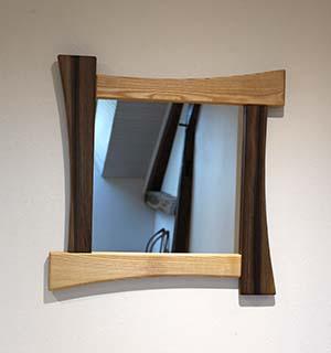 Miroir carré design en Frêne & Noyer
