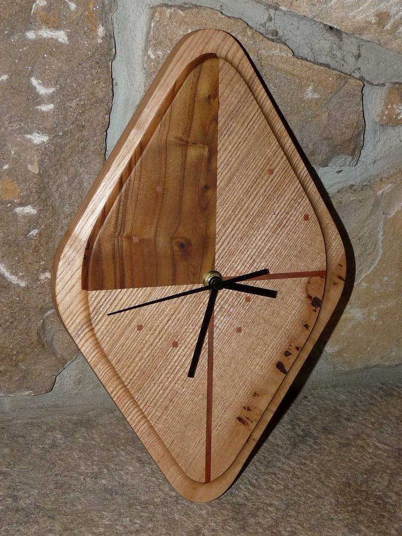 Horloge Bois Design Frêne et Eucalyptus - vue 1